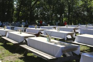 set picnic tables